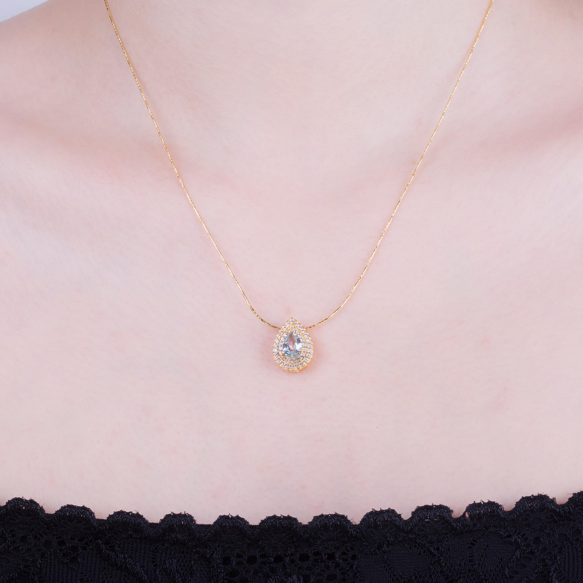 necklace classic shape a collections graff diamond pendants featuring pear pendant